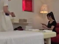 Massage Clinic Shemale 26 1 Upornia Com