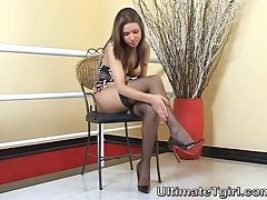 Glam Shemale In Stockings And High Heels...